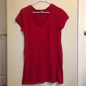 Long red T-shirt
